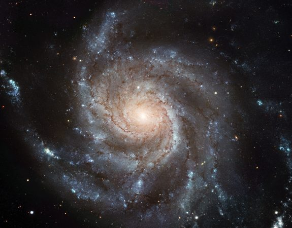 M101_hires_STScI-PRC2006-10a_kicsi